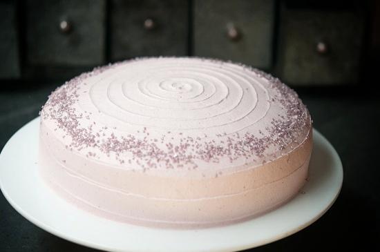 Pastel de Chocolate y frutos rojos sin gluten y sin lácteos de Milola
