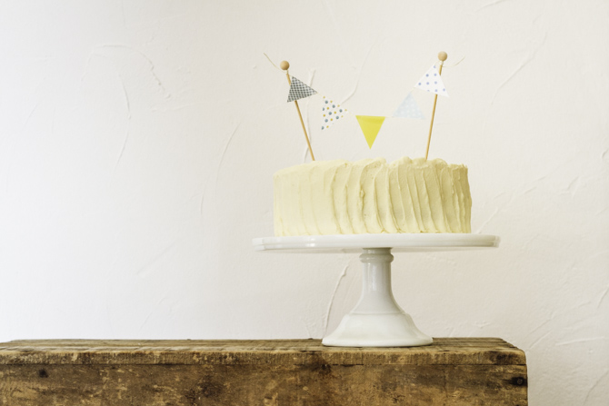 Gluten-free Hummingbird Cake by Milola